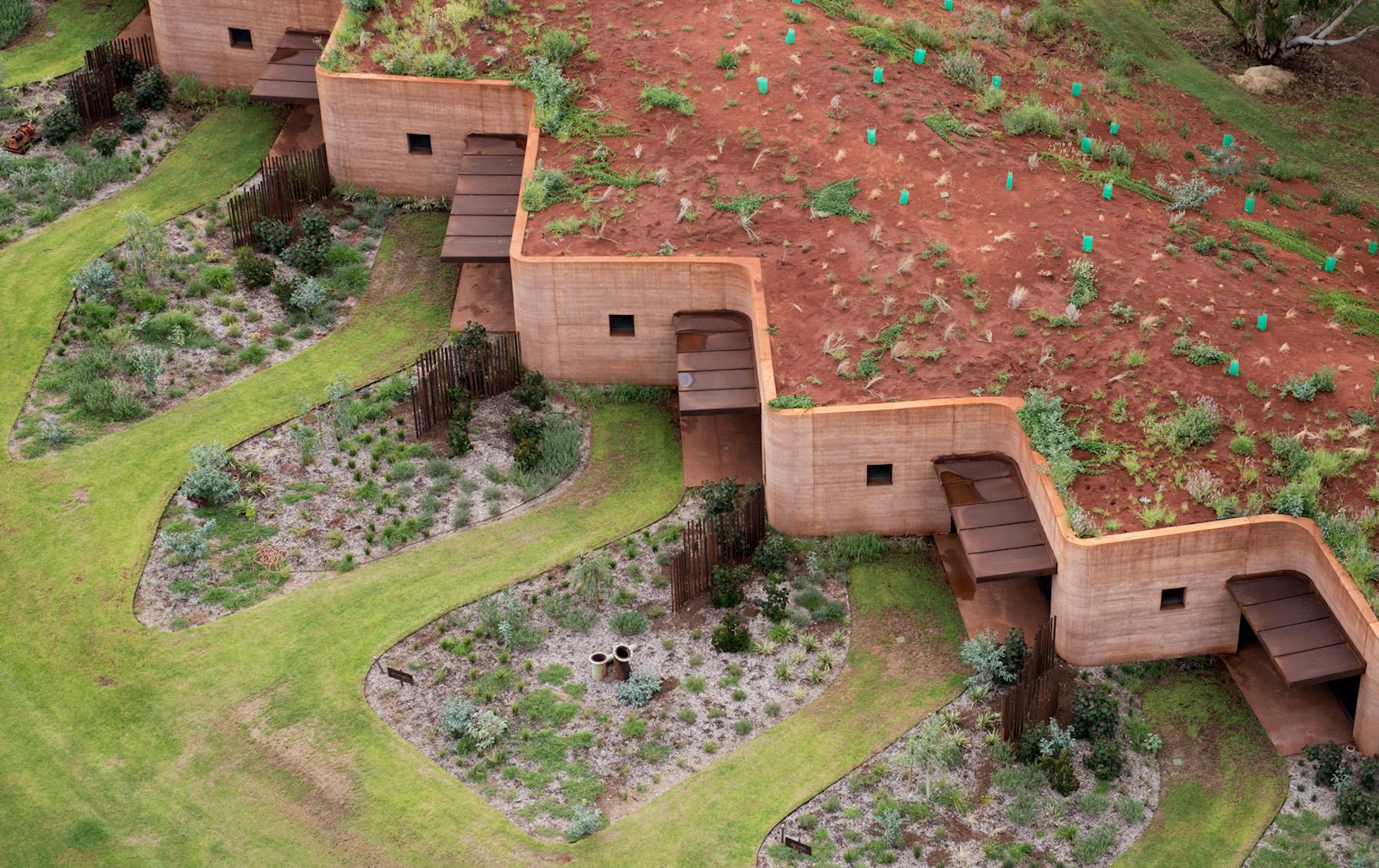 Edificaciones con tierra extraída de arcillas locales para proyectos de arquitectura del paisaje