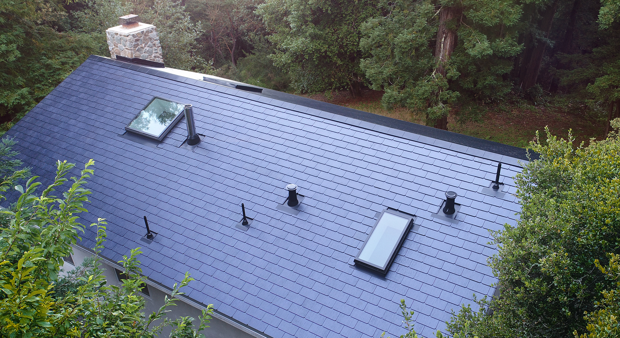 Eco designed roof tiles by Tesla