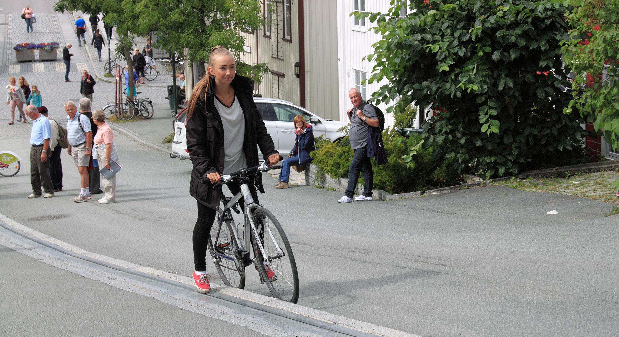 The CycloCable urban bicycle lift in Norway
