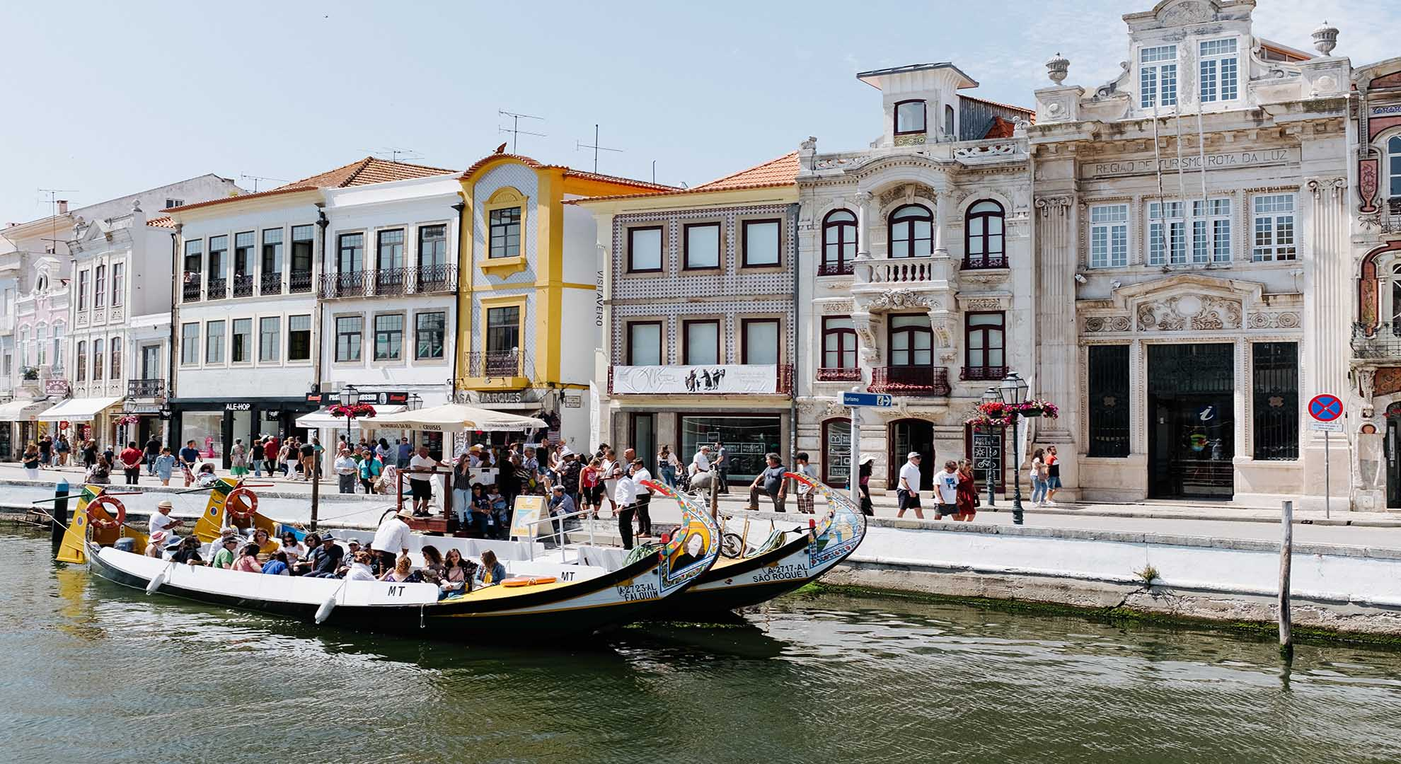 Sustainable ecoturism in Aveiro water canal, Portugal