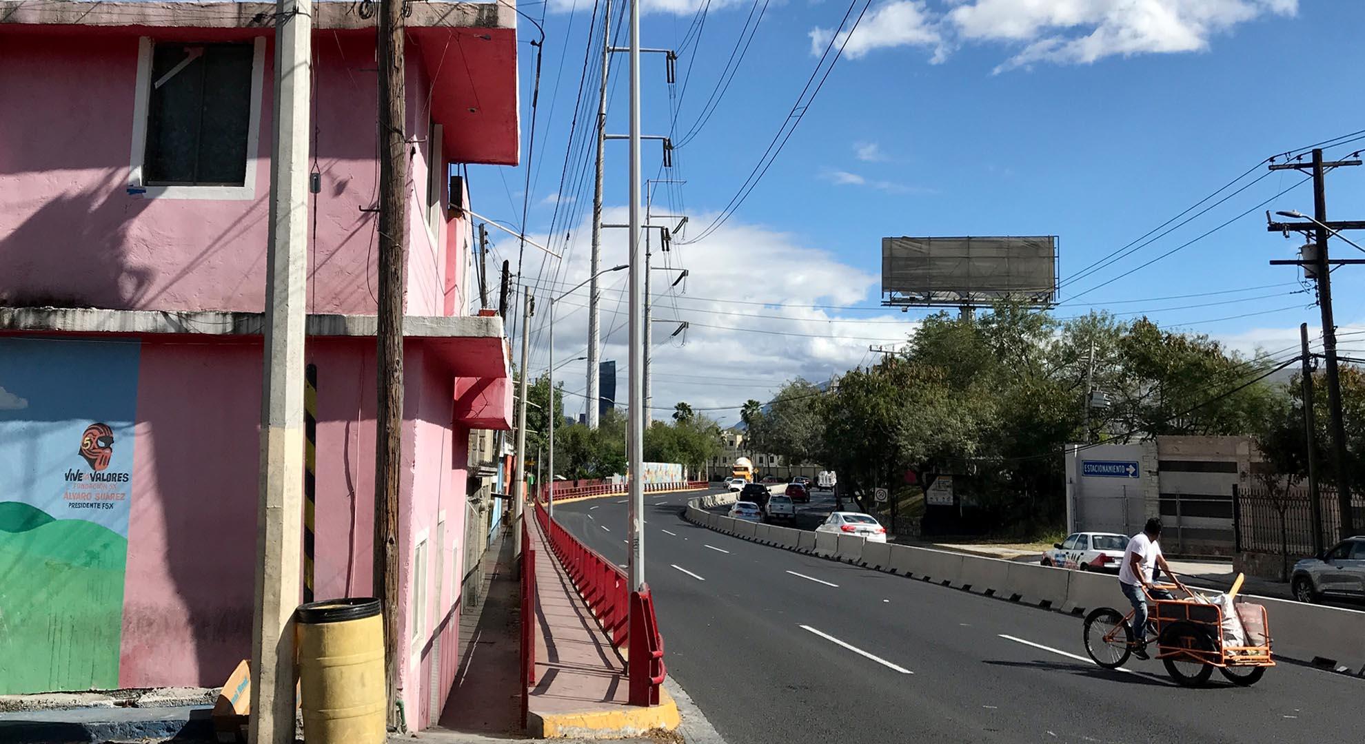 A view of a neighbourhood in Monterrey, México.