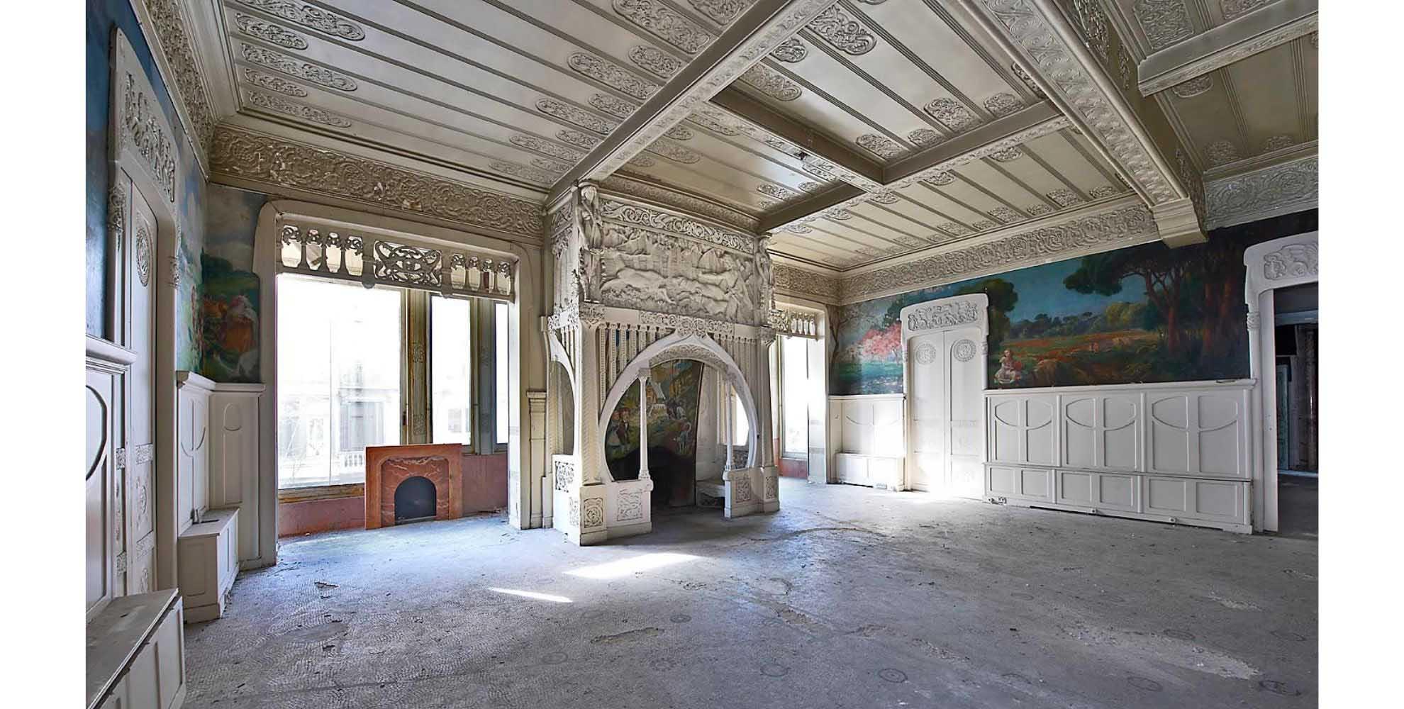 Rehabilitating Casa Burés in Barcelona.