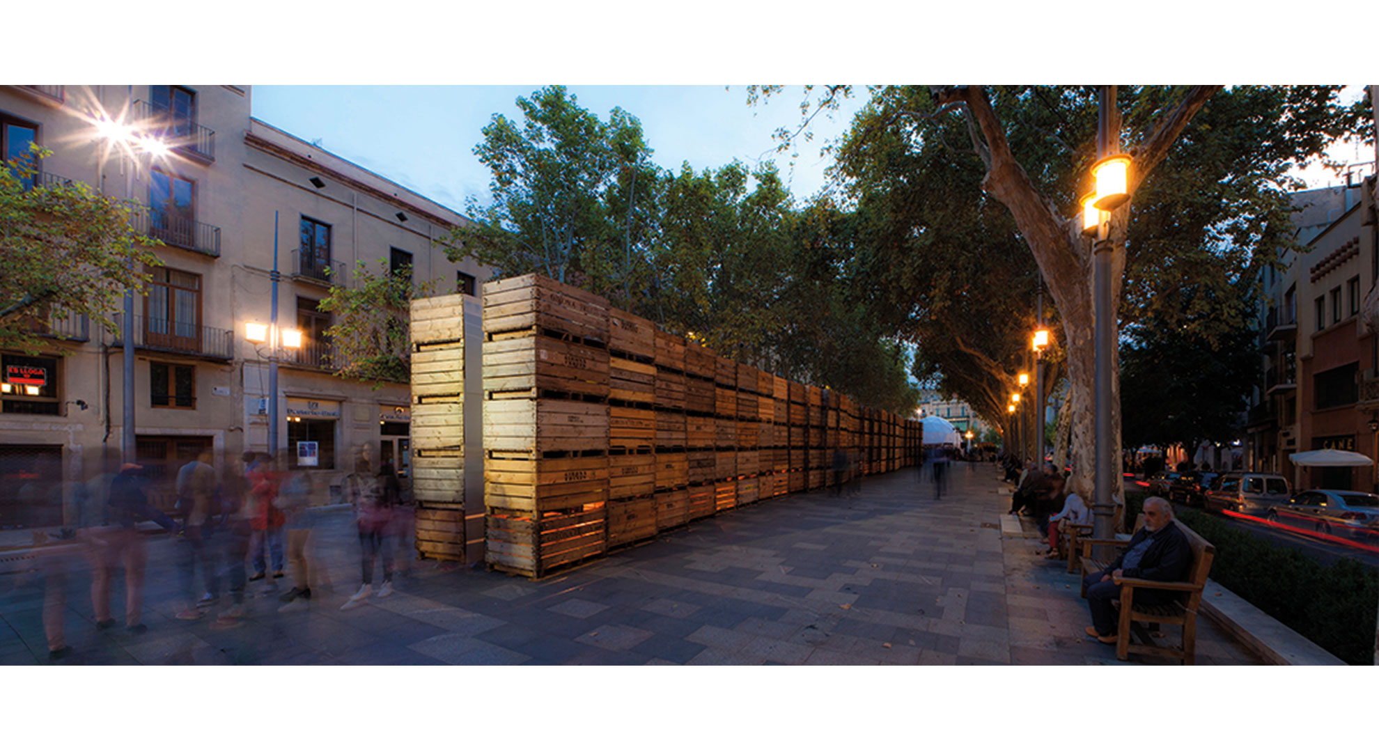 Art and ephemeral architecture in Figueras (Girona, Spain).